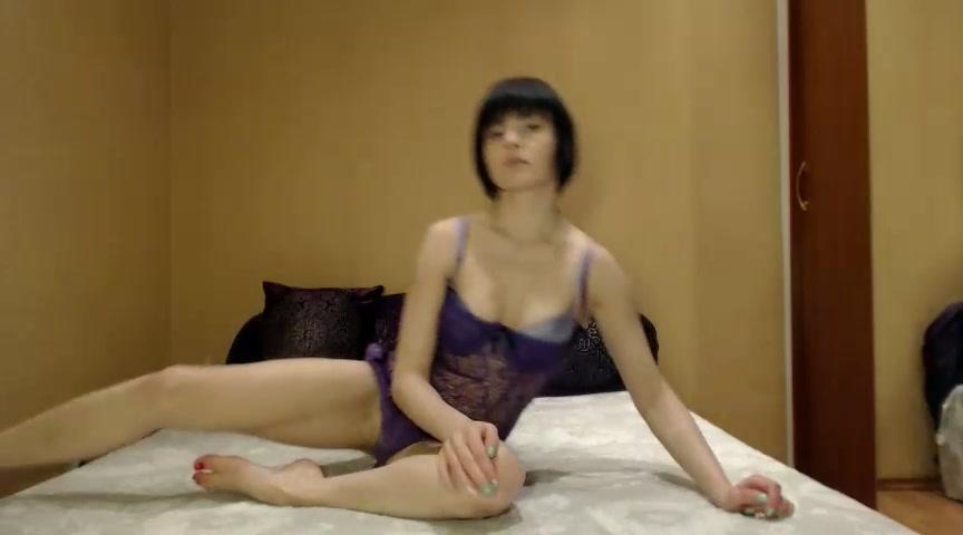 Adamyeba: horny latina couple on webcam