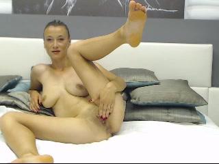 GlamorousBisous: hot amateur couple having a hard sex
