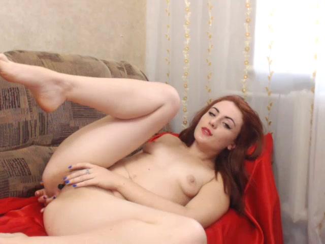 HeidiTaylor seductive caresses herself