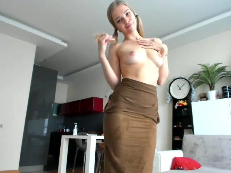 HotBaby21: close up masturbation